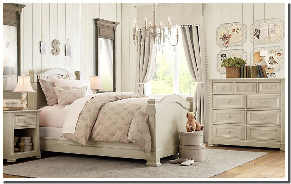 nassima home chambre antique pour petite princesse. Black Bedroom Furniture Sets. Home Design Ideas