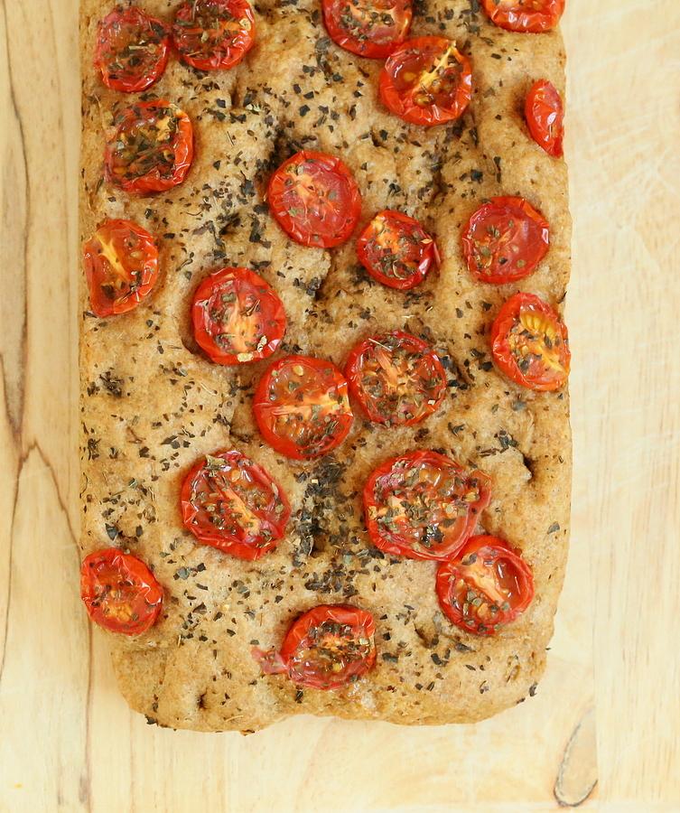100% Whole Grain Tomato Basil Focaccia. Vegan Recipe ...