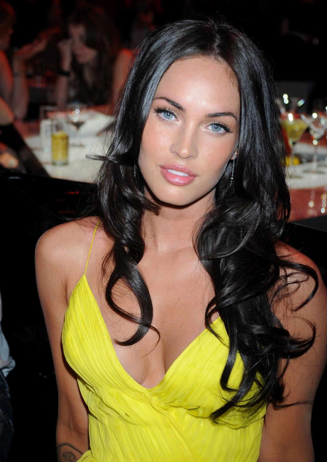 http://4.bp.blogspot.com/-c15mGszUrT4/TrKe6PveoBI/AAAAAAAAB3U/Q6piKN7neOY/s1600/Megan+Fox%2521+x.jpg