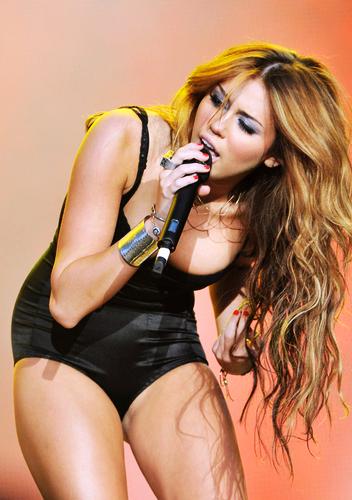 Miley cyrus sexy picks