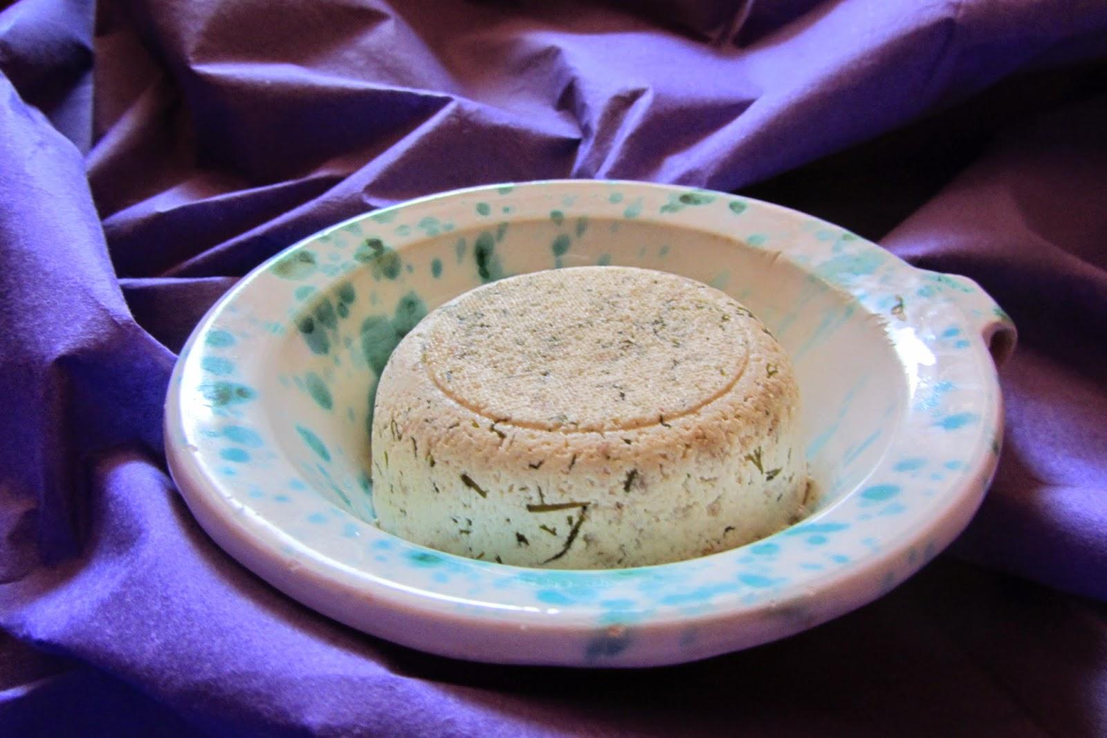 formaggio fresco all'aneto