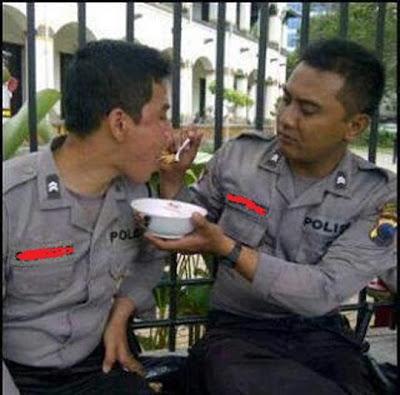Foto Mesra Polisi Indonesia