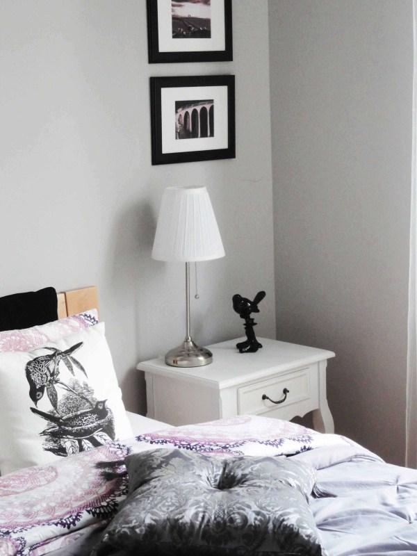 dekorator amator sypialnia stoliki noce i dekoracje cz i