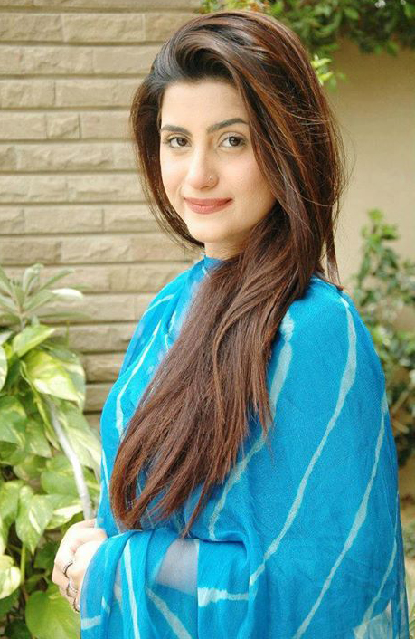 Pakistani girls pictures gallery: 10/04/13