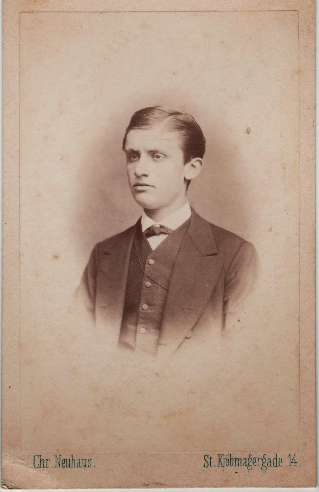 5.001.Carl Gregers Schack i 1868