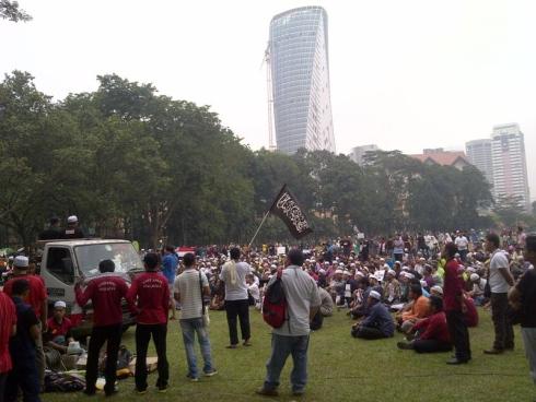 Rakyat Malaysia Berhimpun Kutuk Kekejaman Tentera Mesir