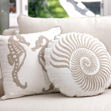 Shells beach houses nautical pillows seahor seaside for Beach inspired interiors