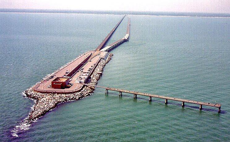 Mega bridges chesapeake bay bridge for Chesapeake bay bridge fishing report