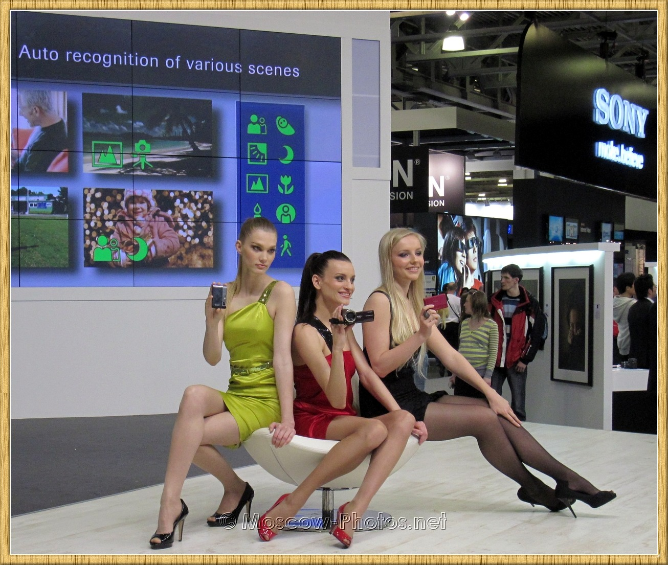 Beautiful Sony Models at Photoforum - 2010