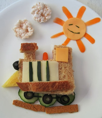 http://www.sundaybaker.net/2011/06/play-with-your-food-train-sandwich.html