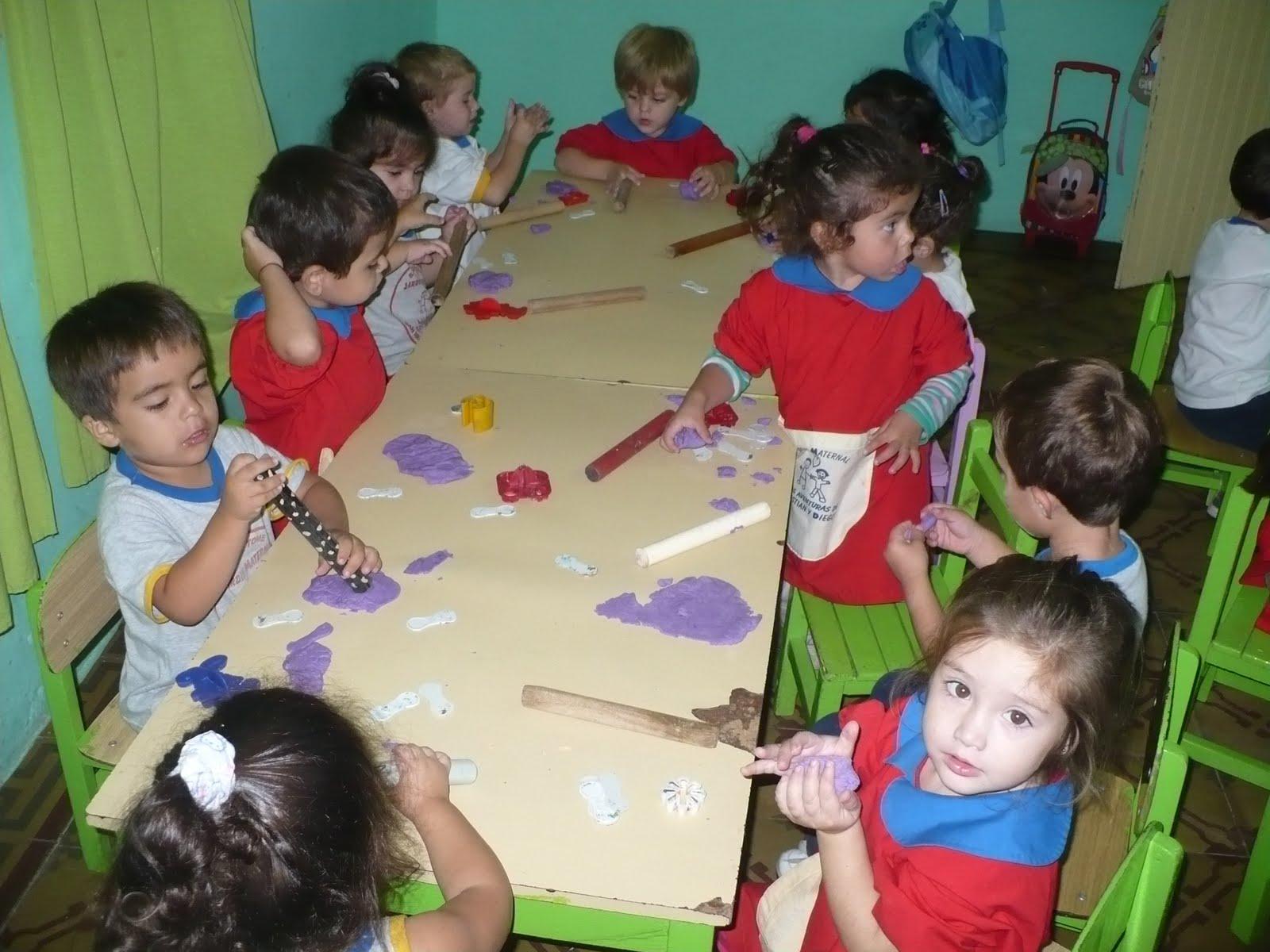 Jard n maternal las aventuras de cristian y diego marzo 2011 for Actividades para jardin maternal sala de 2