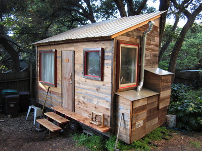 Lloyd s blog tiny home in oakland of recycled materials 5k for Small homes built on trailers