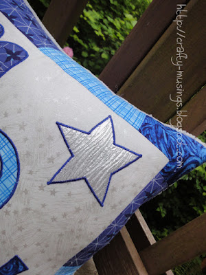 Max's pillow, detail view