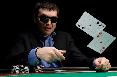 10 Mistakes In Playing Poker Online