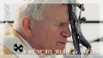 """""""Não tenhais medo de ser santo"""" JPII"""