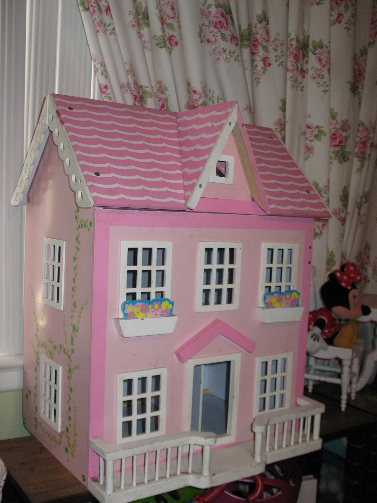 Displaying 19> Images For - Wooden Barbie Doll Houses...