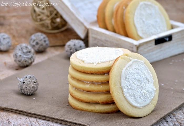 Biscuiti fragezi cu lamaie si cocos