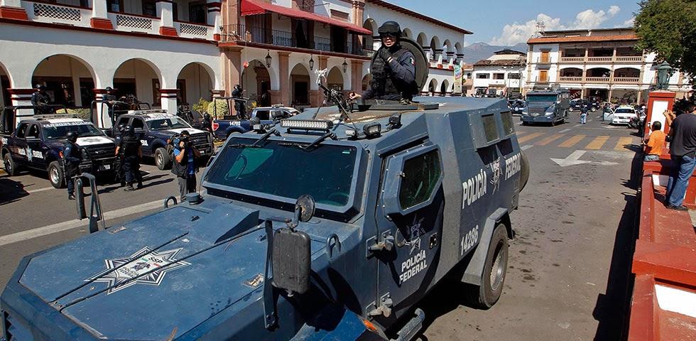 Michoacan Bajo Fuego.  Fotogaleria.  Las Victimas de Paracuaro Armadas002