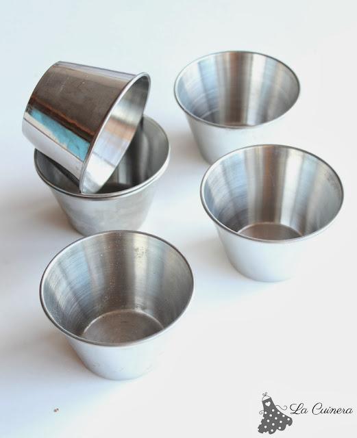 Este molde es muy práctico, no sólo para hacer flan, para hacer muchas mas cosas!