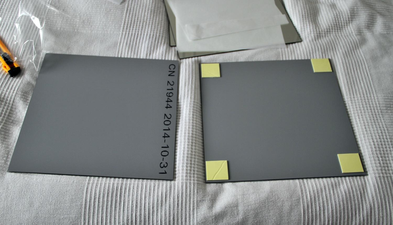Diy montando una pared de espejos alquimia deco for Plafones cuadrados de pared