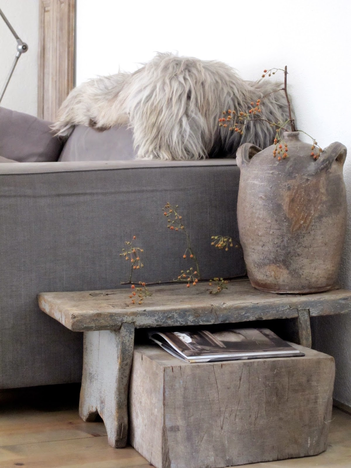 Taupe accessoires woonkamer: decorpad.