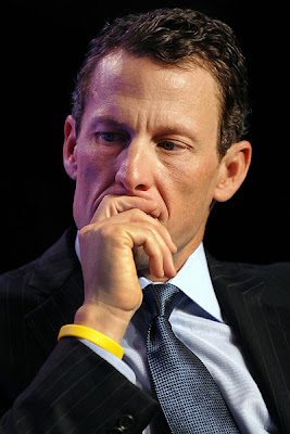 Lance Armstrong's fans Yellow color wristbands