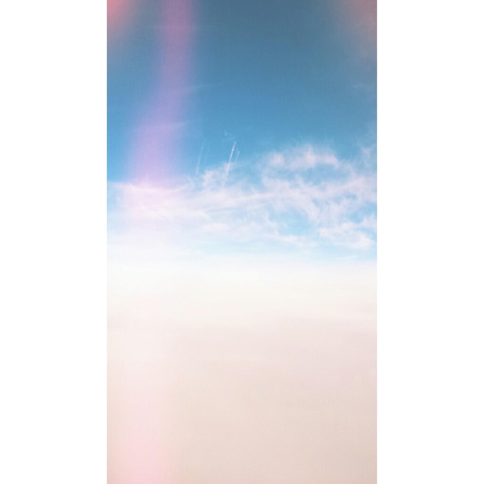 chmury, lot samolotem, inspiracja, podróże, instagram