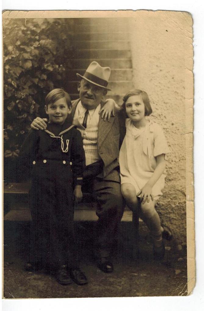 Elisabetta Neiger con il nonno.