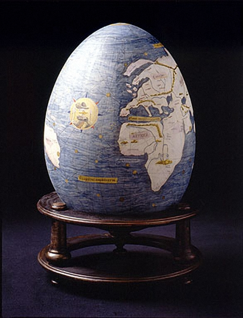 07-The-DUCKOMENTA-World-Cultural-Duck-Heritage-The-world-is-egg-shaped