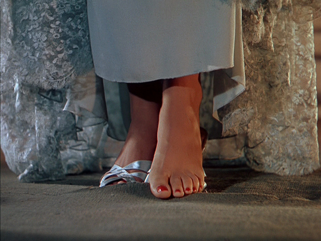 Think, that Loni anderson toes