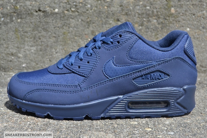 "Streetwear Served w| Class: Nike Air Max 90 Essential ""Midnight Navy"