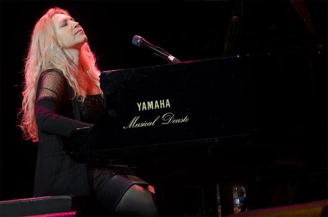 Eliane Elias - Festival de Jazz de Getxo - Plaza de Biotz Alai (Getxo) - 8/7/2012