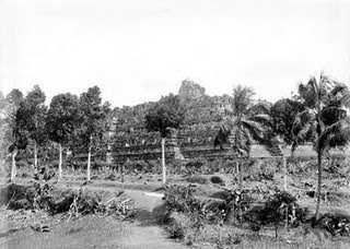Borobudur..!!, saat pertama kalinya ditemukan....!!! | indonesiatanahairku-indonesia.blogspot.com/