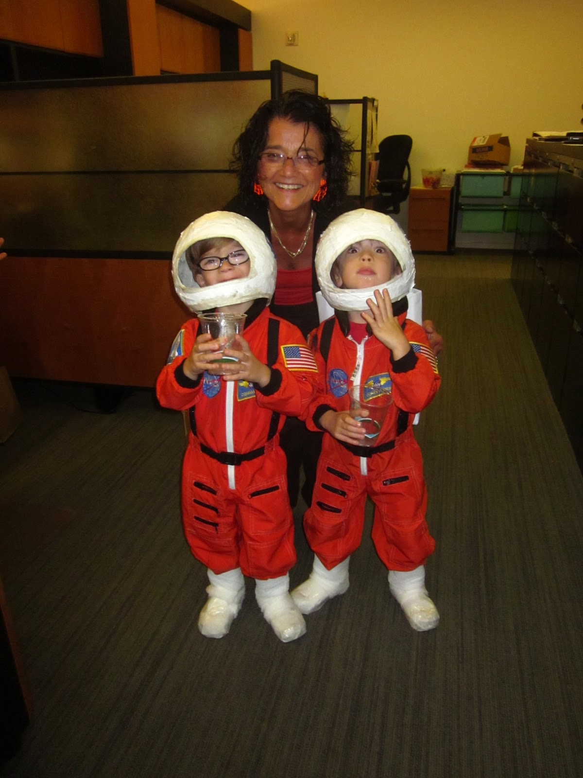 whispers and shouts how to make space shuttle and astronaut costumes. Black Bedroom Furniture Sets. Home Design Ideas