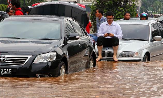 Enam Kawasan Ibukota Bisa Dilewati Meski Banjir