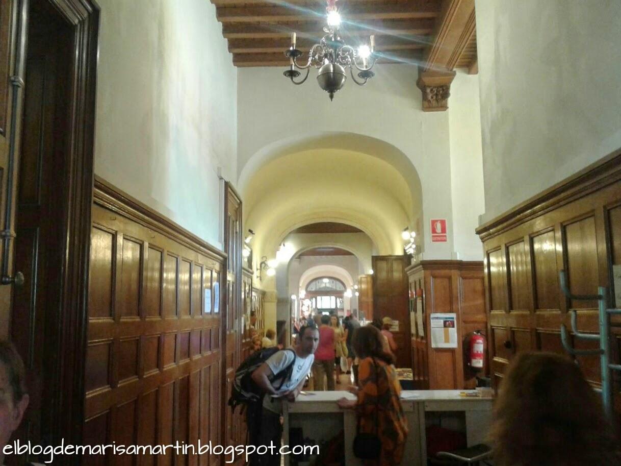 Pasillo en Salón Internacional del Esoterismo y Terapias Naturales de San Sebastián