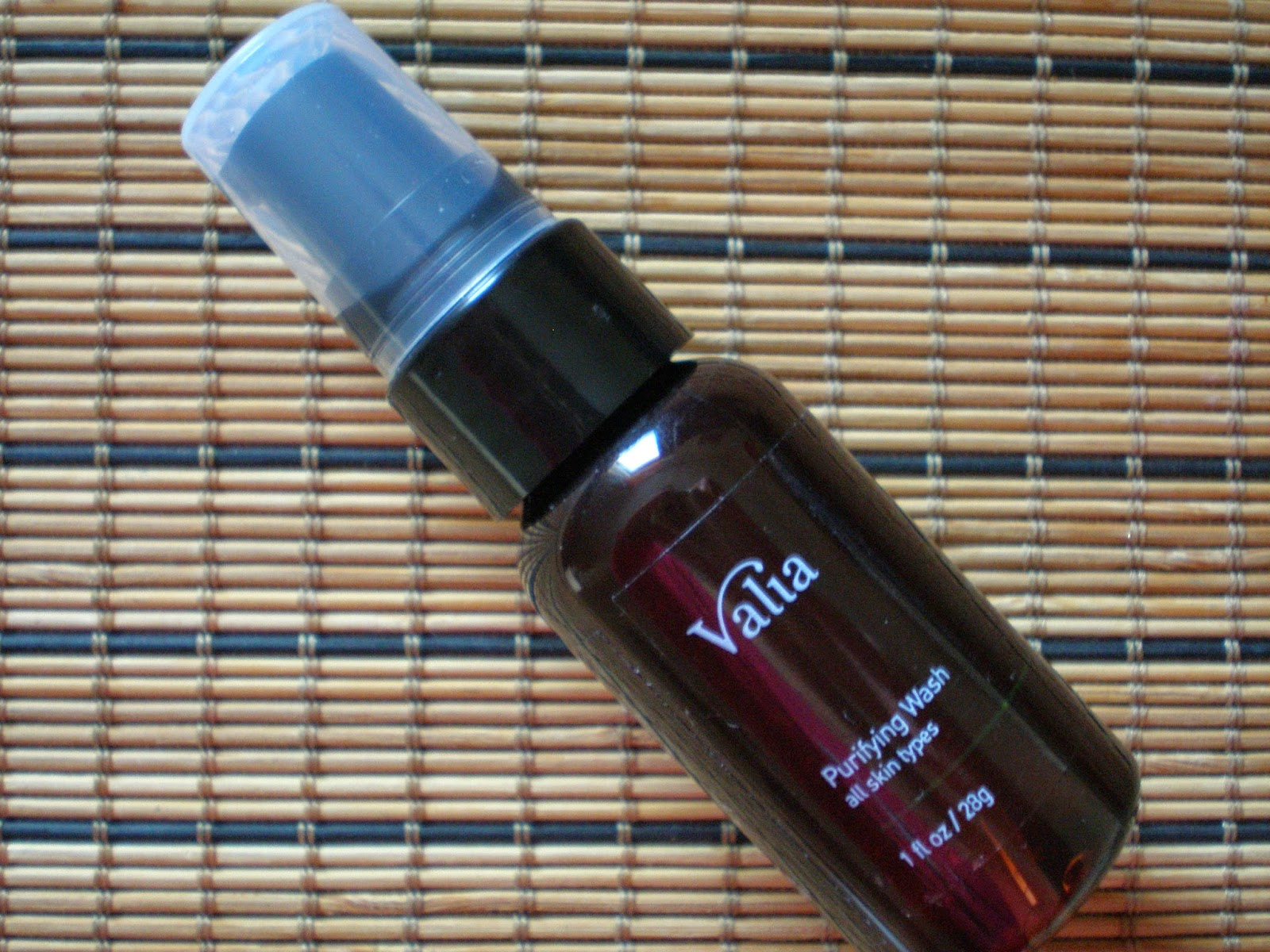 Valia Skincare Purifying Wash
