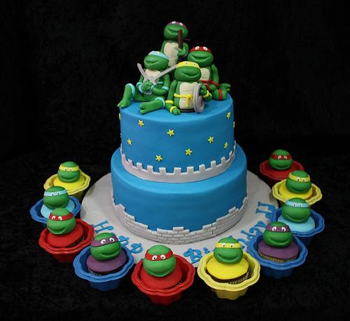 kalliopelp: Lindos Modelos de Tortas con Cupcakes