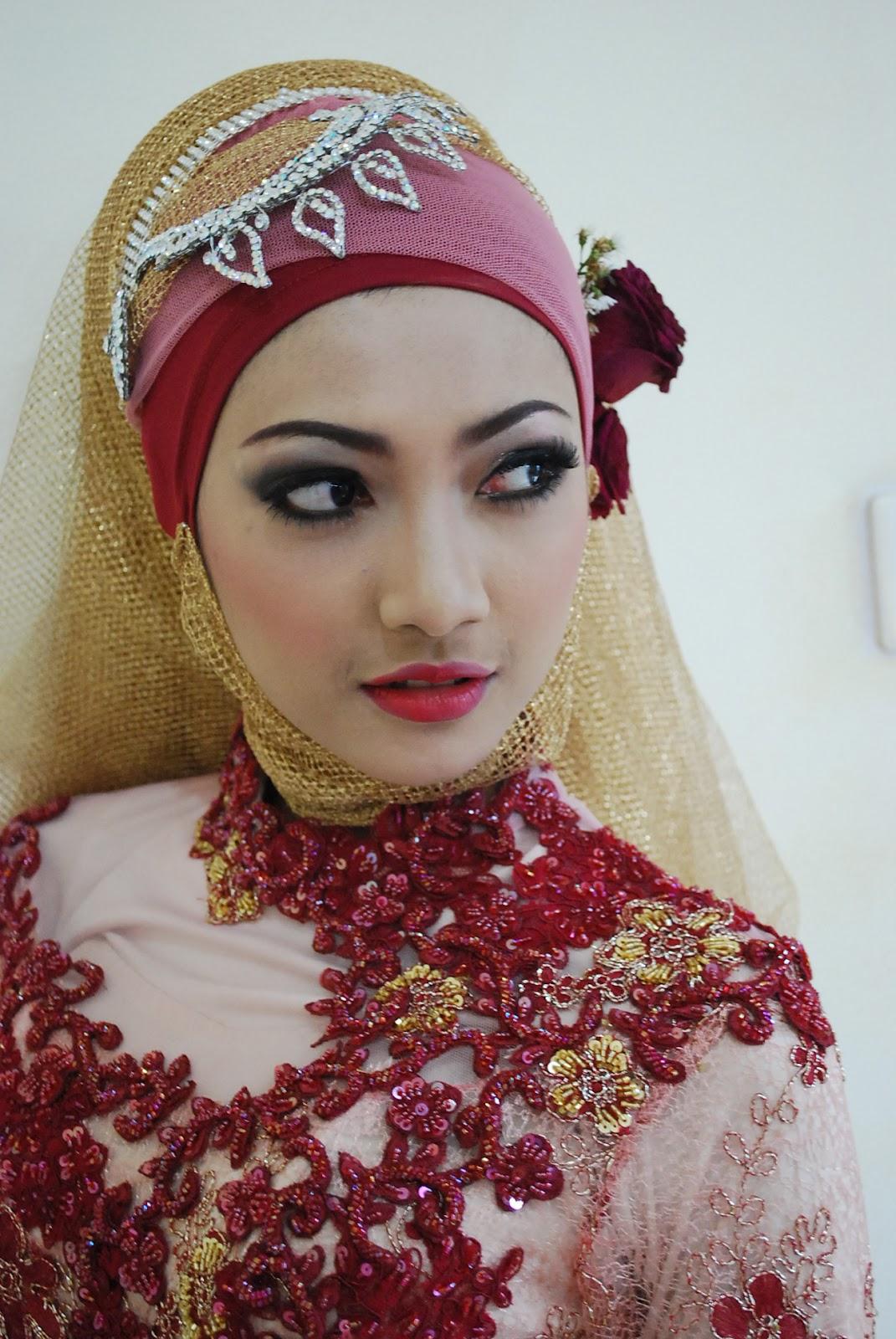Memilih Hijab Yang Cantik Di Tutorial Hijab Youtube Untuk Pengantin