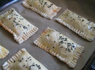 مملحات رمضانية:شصون بالجبن والطون بالصور