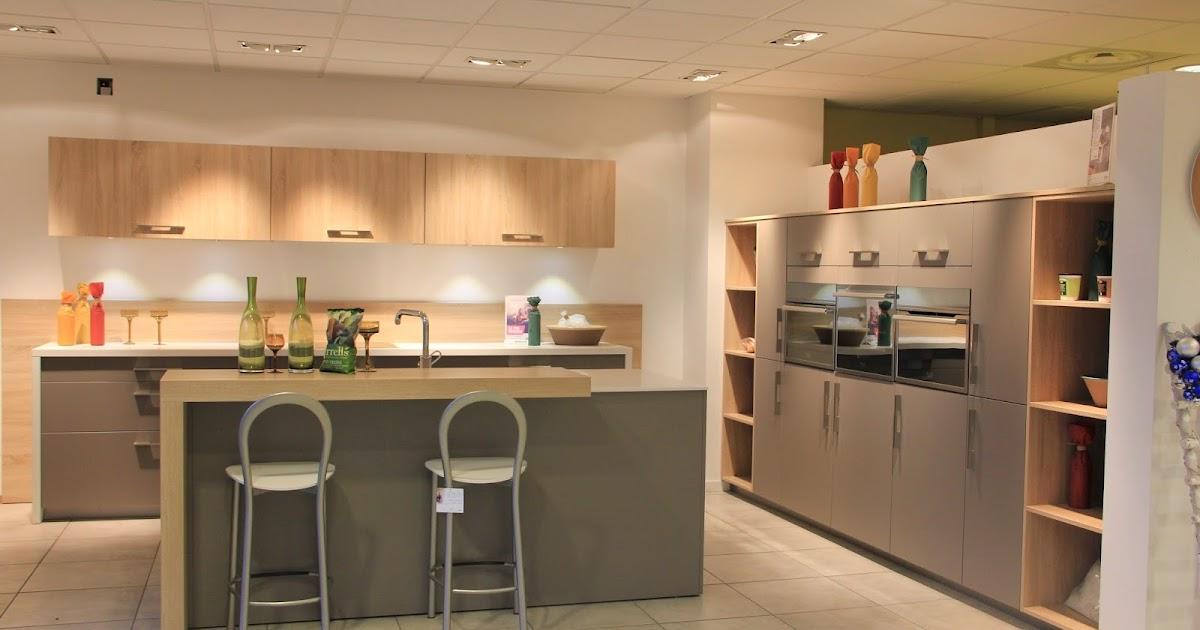 votre cuisine mobalpa par virginie les expositions du magasin mobalpa saint priest toutes. Black Bedroom Furniture Sets. Home Design Ideas