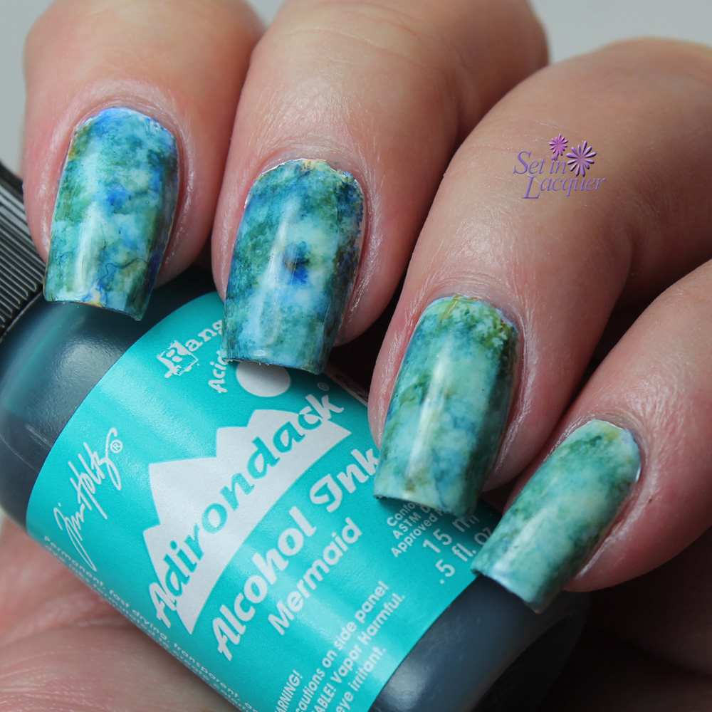 Alcohol Ink marbled nail art