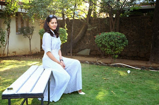 Bindhu Madhavi in Spicy White Top and Skirt Cute Pics
