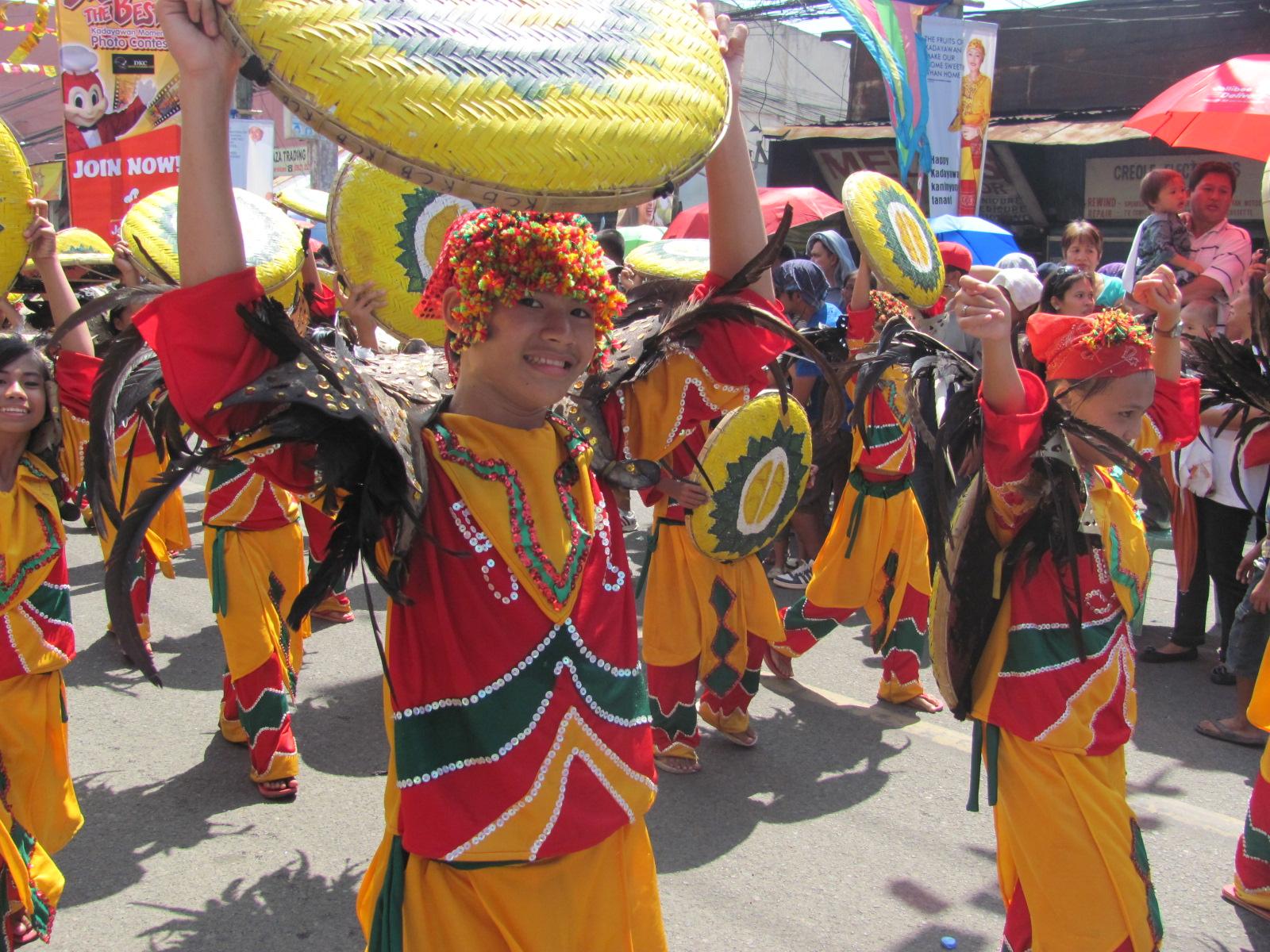 kadayawan 2011 pictures of davao u0026 39 s ethnic costume