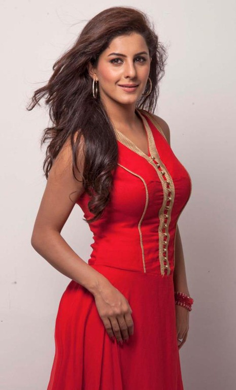 isha_talwar_latest_gorgeous_photos%5B5%5