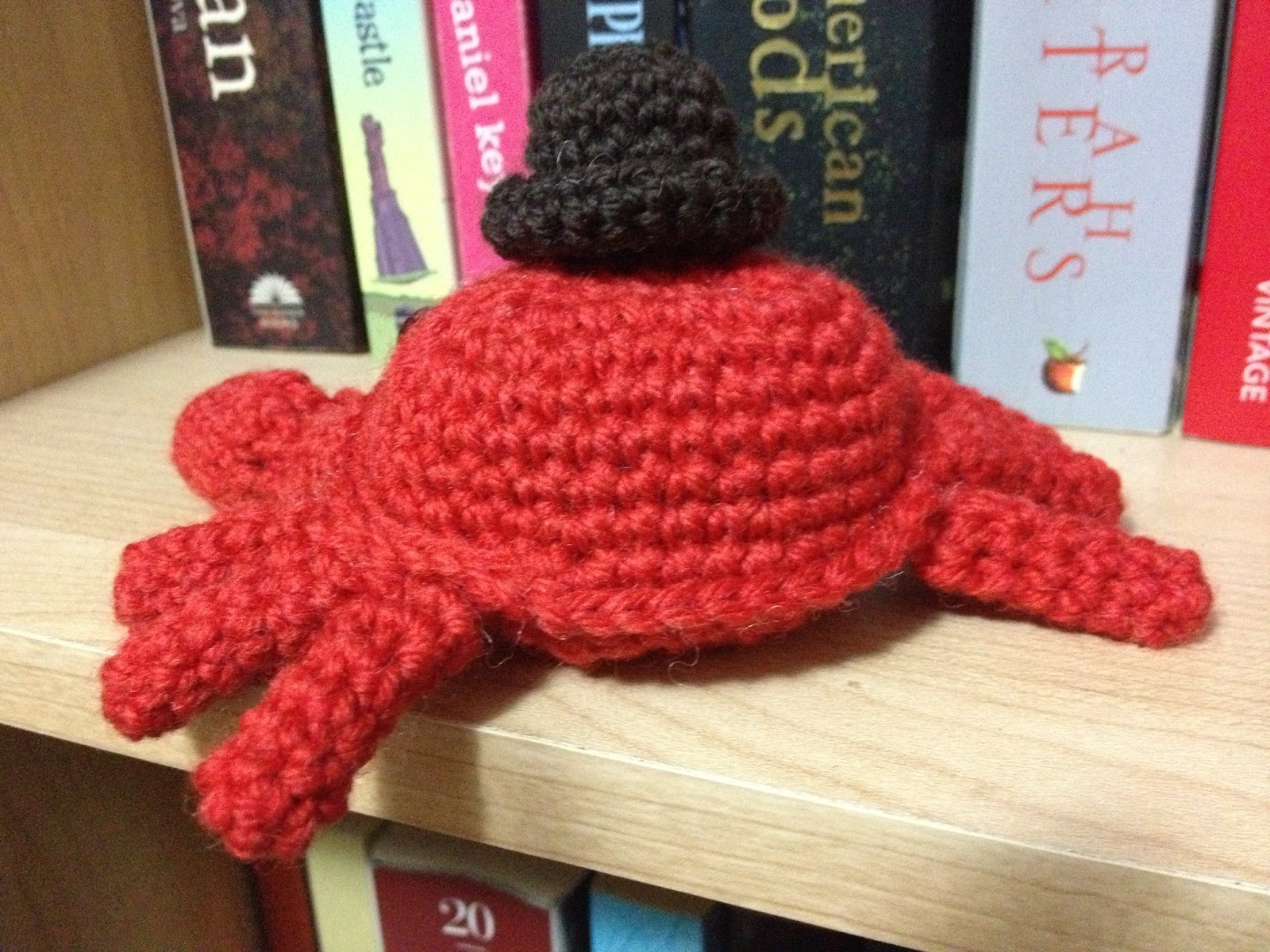 We can have everything craft crochet crab a tiny hat for Tiny top hats for crafts