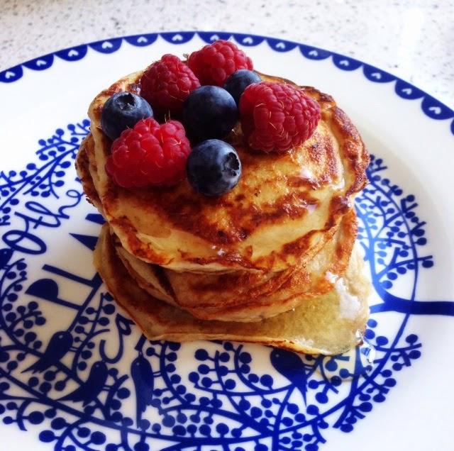 two ingredient pancakes, healthy, food, pancakes, healthy pancakes, banana egg pancakes,