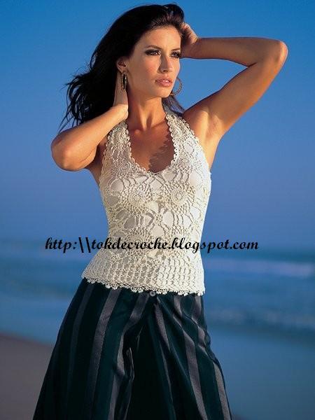 http://4.bp.blogspot.com/-c6tPOWIcIqo/Ta2cbCek11I/AAAAAAAAJ7A/snuLlqNp2EY/s1600/blusbranca.jpg