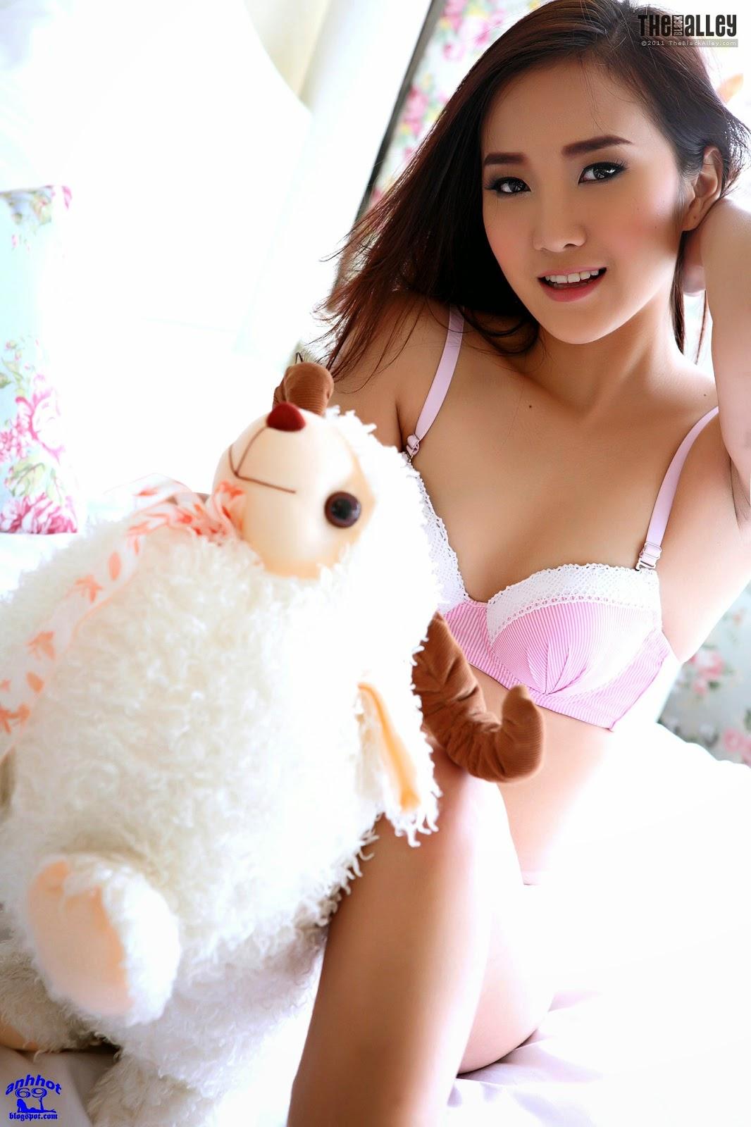 lolita-cheng-64-029
