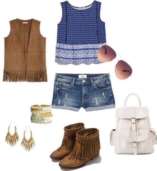 Crop top azul Mango, colete camurça Mango, calções ganga, botas com franjas Zara